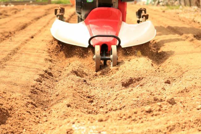 有機質肥料による土作り