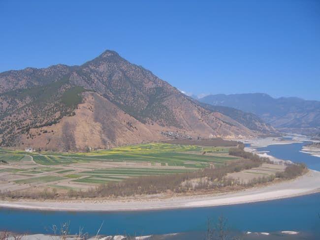 長江付近の田園