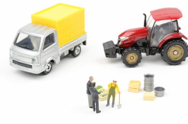 農業に使用する資産(トラック、トラクターなど)