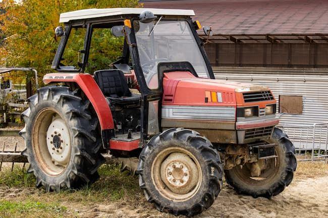 トラクター 作業車