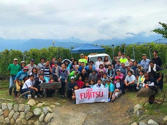 2019富士通ワインファーム収穫会 記念撮影
