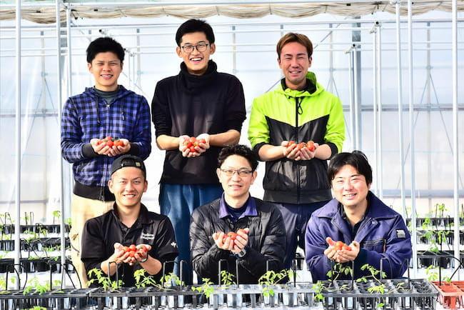 株式会社Happy QualityのCEO 宮地誠さん(写真中央下)