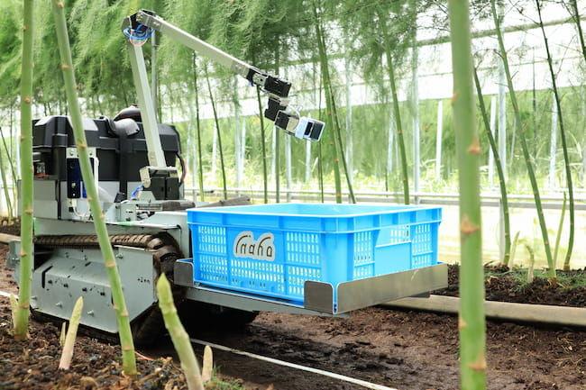 inaho株式会社の自動野菜収穫ロボット 従量課金型で提供される