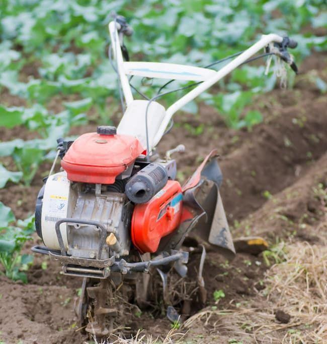 歩行型羽タイプの中耕除草機