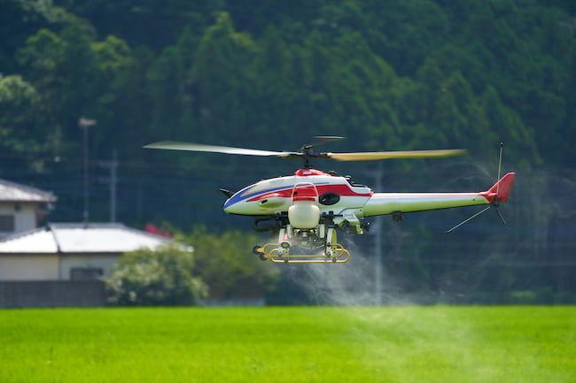 農業用無人ヘリコプターでの農薬散布
