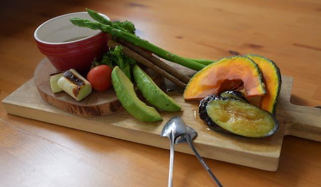 自慢野菜を使ったバーニャカウダ