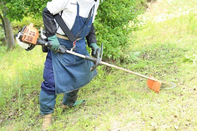 ループハンドルの草刈り機(刈払い機)