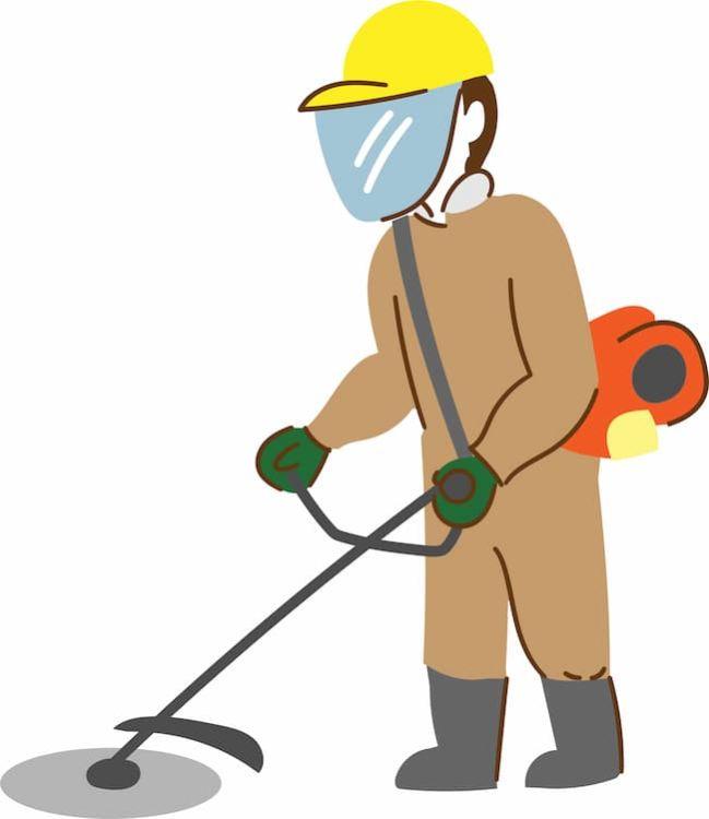 草刈り機での作業には保護具の着用が必須