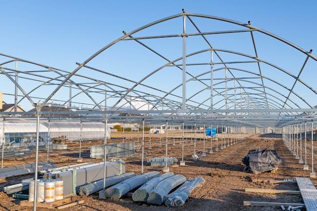 農業用ハウスを形作るさまざまな資材は、後に主に「産業廃棄物」になる